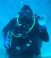 NASA researchers conduct underwater telemedicine test